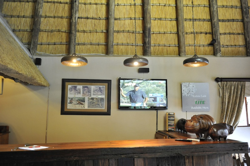 hilldrop-diningroom23